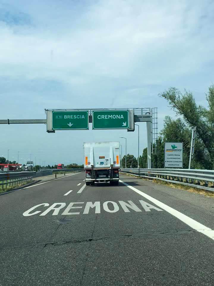 Cremona cesta